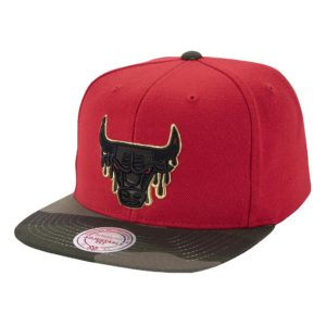 GORRO MITCHELL AND NESS BULLS CAMO DRIPZ ROJO