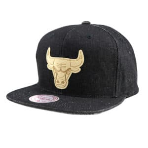 GORRO MITCHELL AND NESS CHICAGO BULLS SNAPBACK BLACK LEATHER